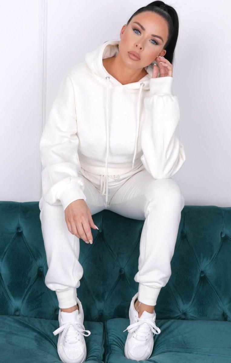 White Long Sleeve Cropped Fleece Hoodie & Cuffed Joggers Loungewear Set |  Loungewear | Femme Luxe UK | Femme Luxe UK 2021